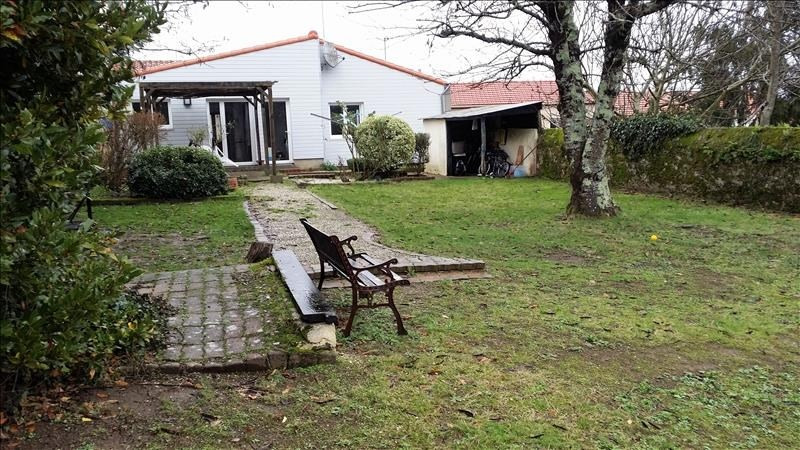 Investment property house / villa St viaud 178 500€ - Picture 1