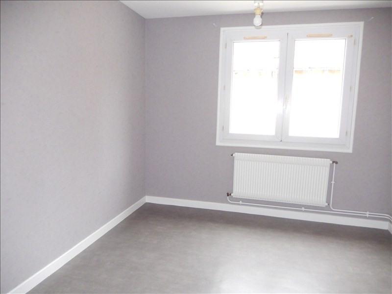 Location appartement Le puy en velay 366,79€ CC - Photo 2