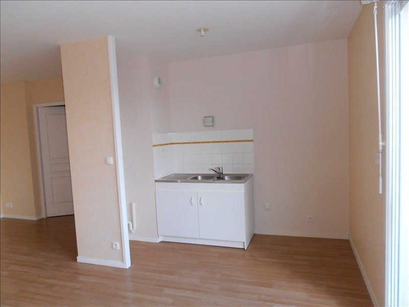 Location appartement Chateaubourg 550€ CC - Photo 3