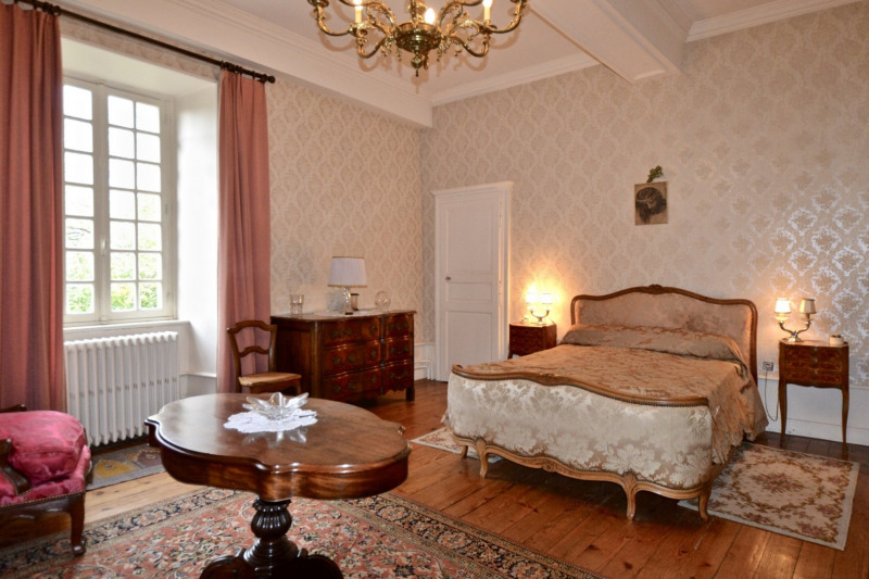 Sale house / villa Bourbon lancy 340000€ - Picture 11