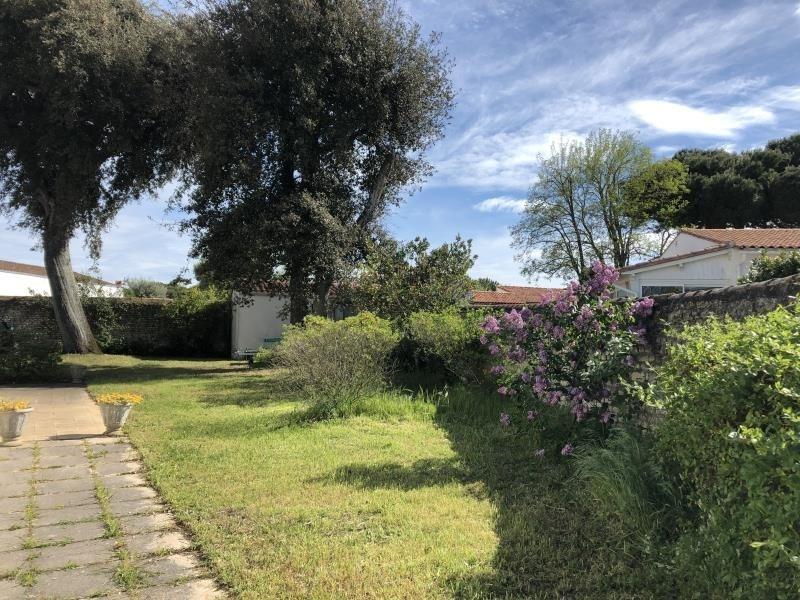 Deluxe sale house / villa La flotte 680000€ - Picture 2