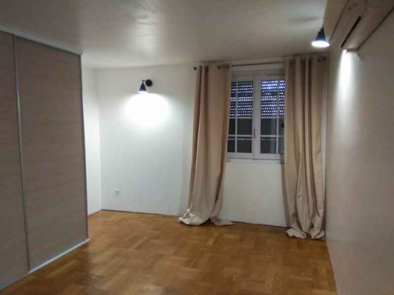 Sale house / villa Elbeuf 174000€ - Picture 2