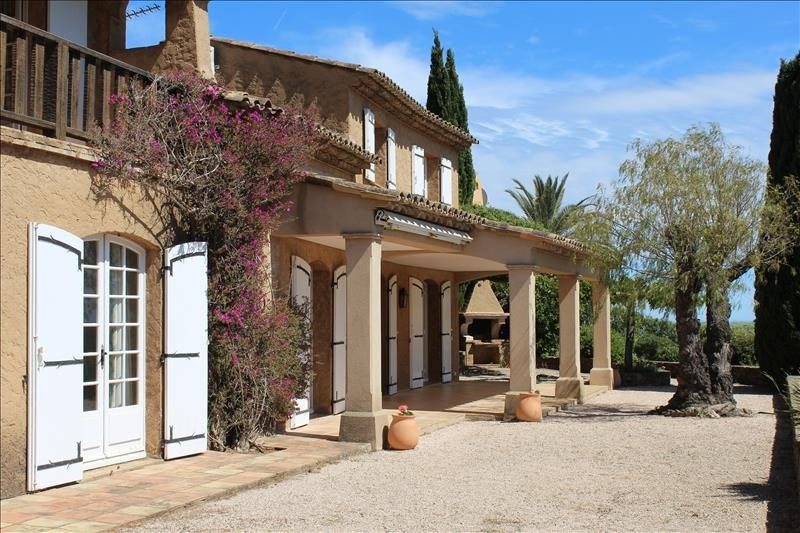 Deluxe sale house / villa Sainte maxime 1 260 000€ - Picture 2