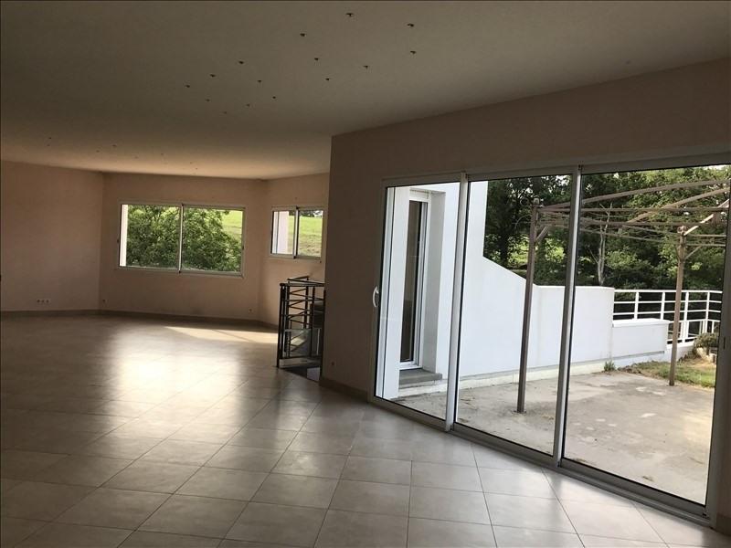 Sale house / villa Les herbiers 283970€ - Picture 3