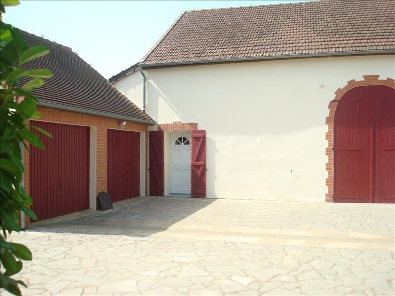 Sale house / villa St pierre le moutier 275 000€ - Picture 2