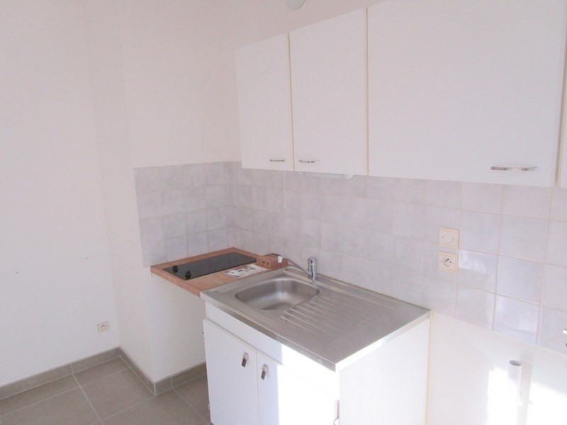 Location appartement Bailly 880€ CC - Photo 2