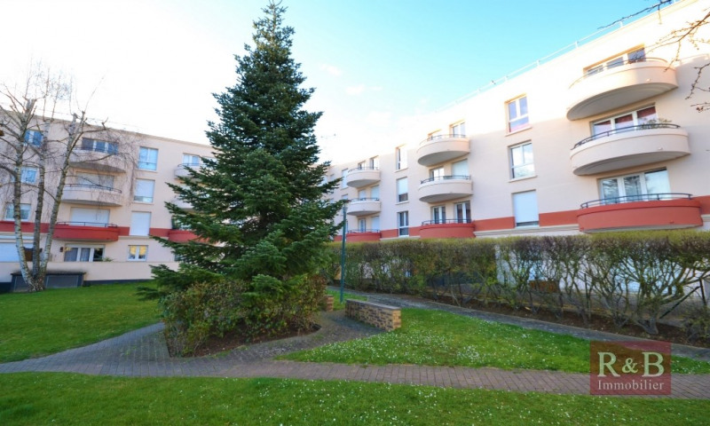Sale apartment Plaisir 240 000€ - Picture 10