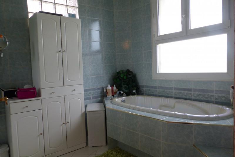 Sale house / villa Villemomble 699000€ - Picture 6