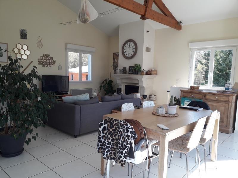Sale house / villa Croignon 241500€ - Picture 1