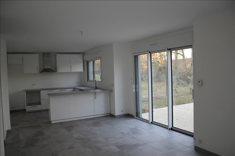 Location maison / villa Rambouillet 1655€ CC - Photo 3