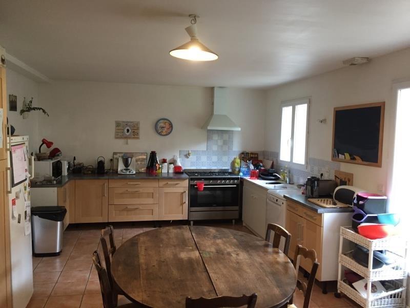 Sale house / villa Fontenay le fleury 550000€ - Picture 3
