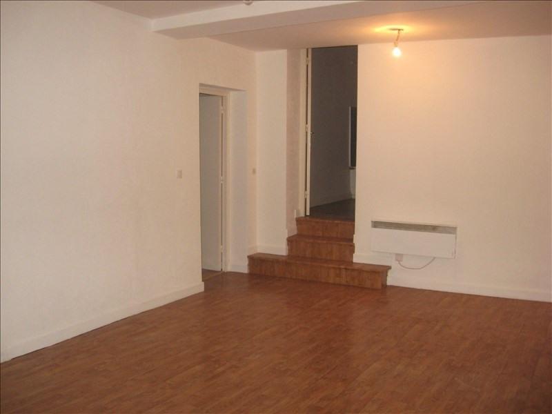Location appartement Meximieux 555€ CC - Photo 1