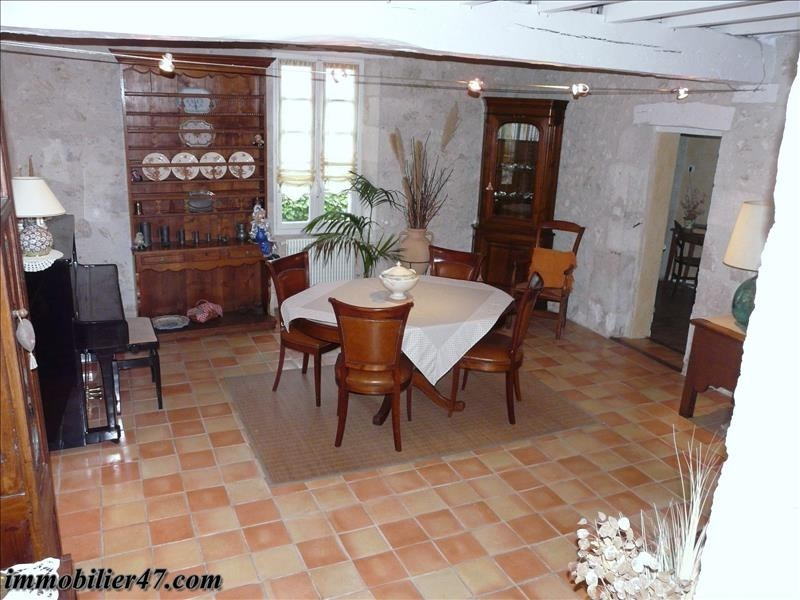 Sale house / villa Foulayronnes 310000€ - Picture 5