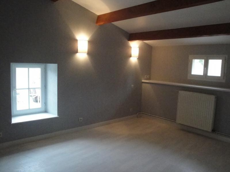 Rental house / villa Sansais 770€ CC - Picture 5