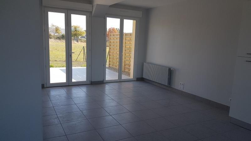 Location maison / villa Bonchamp les laval 730€ +CH - Photo 2