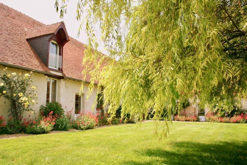 Deluxe sale house / villa Blois 665600€ - Picture 1