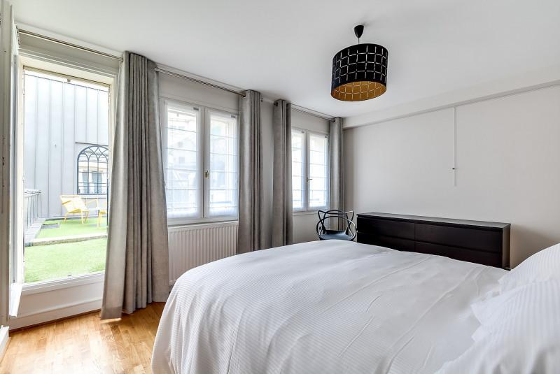 Rental apartment Paris 10ème 3750€ CC - Picture 9