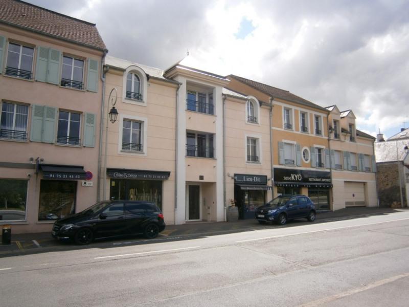 Rental apartment St remy les chevreuse 1318€ CC - Picture 8