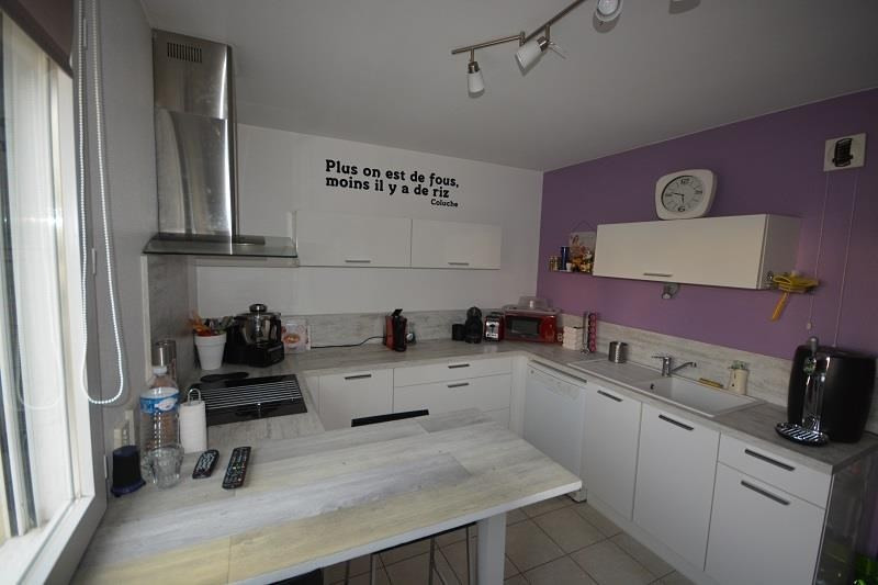 Sale apartment Bourgoin jallieu 239 900€ - Picture 3