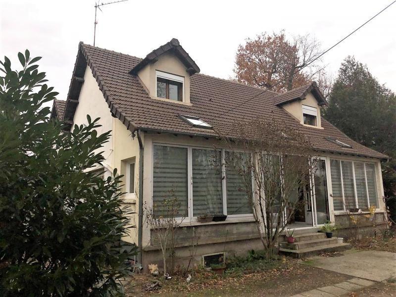 Sale house / villa Beauchamp 499000€ - Picture 1
