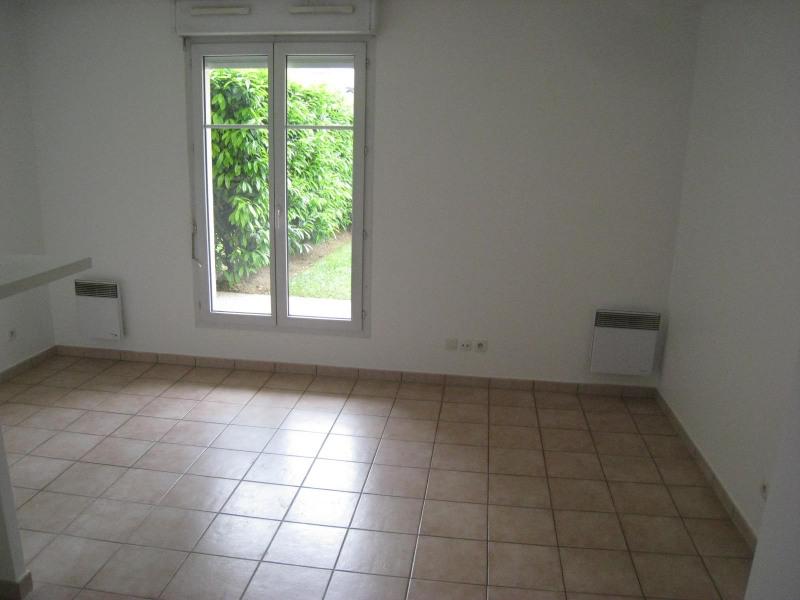 Rental apartment Bry sur marne 820€ CC - Picture 2