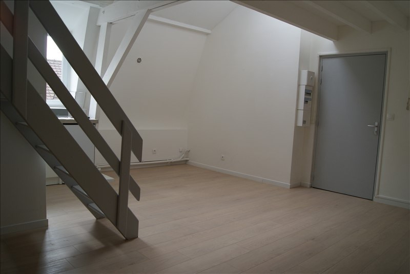 Location appartement Bethune 445€ CC - Photo 1