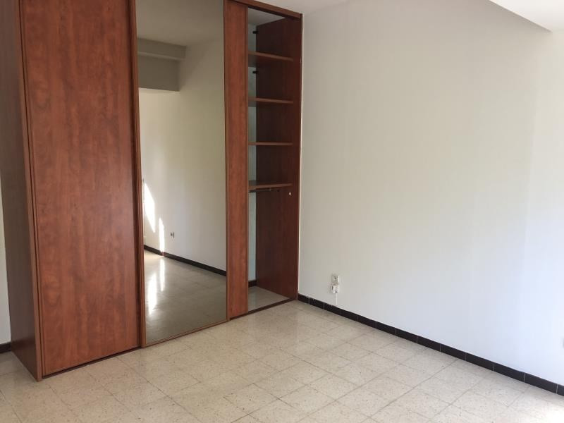 Location appartement Nimes 898€ CC - Photo 5