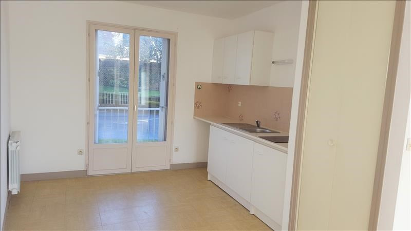 Rental apartment Quimperle 327€ CC - Picture 1