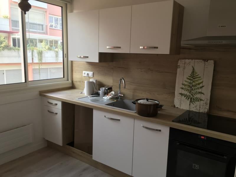 Location appartement Poitiers 750€ CC - Photo 1