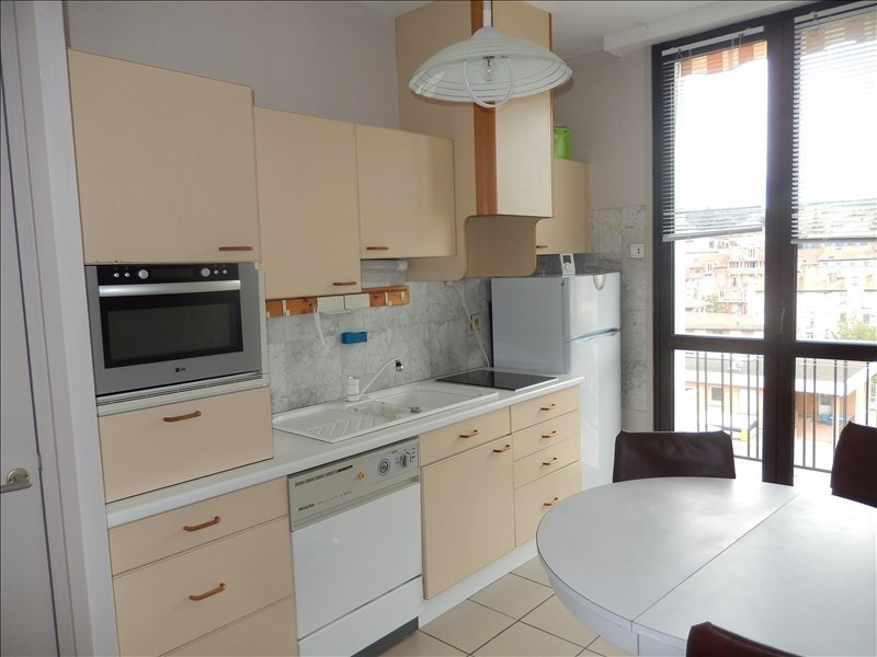 Location appartement Le puy en velay 596,79€ CC - Photo 1