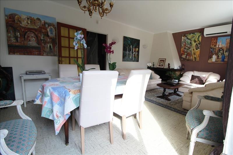 Vente maison / villa Elancourt 367500€ - Photo 2