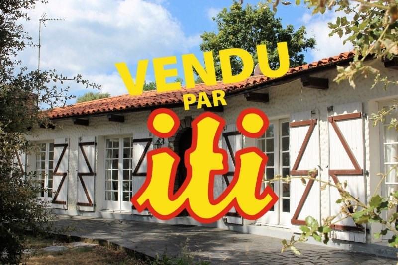 Deluxe sale house / villa Chateau d olonne 585000€ - Picture 1