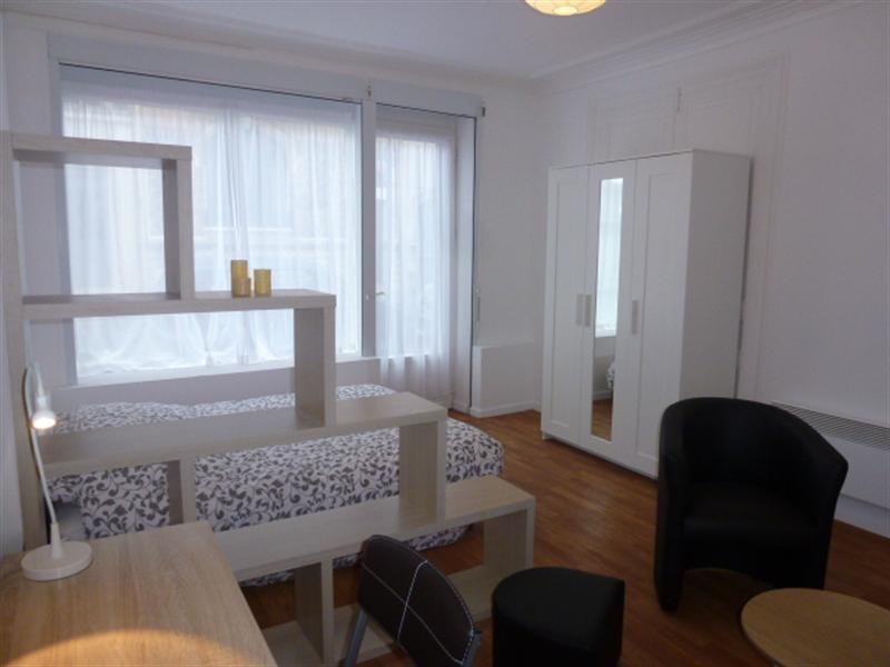 Rental apartment Fontainebleau 835€ CC - Picture 1