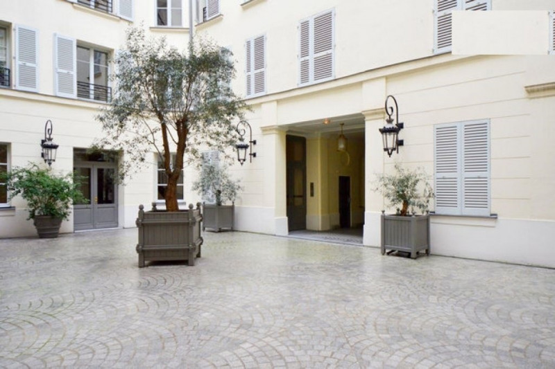 Rental apartment Paris 1er 2 850€ CC - Picture 5