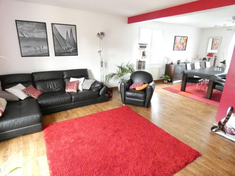 Rental house / villa Les ponts de ce 1240€ CC - Picture 1