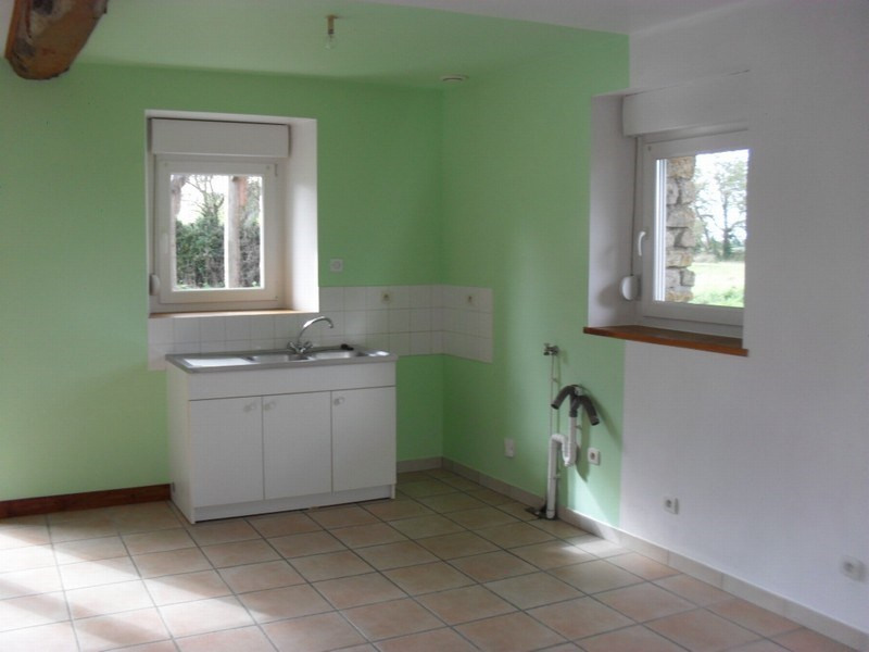 Location maison / villa Brevands 461€ CC - Photo 2