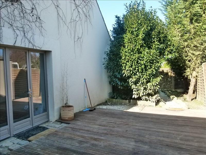 Sale house / villa Montfort l amaury 237000€ - Picture 4