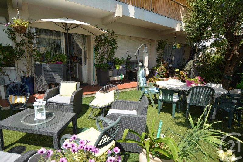 Sale apartment Antibes 397500€ - Picture 2