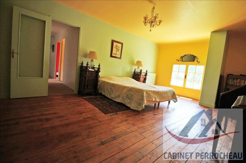 Sale house / villa La chartre sur le loir 195000€ - Picture 4