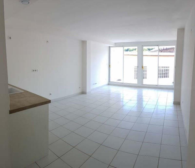 Vente appartement Vals-les-bains 75000€ - Photo 1