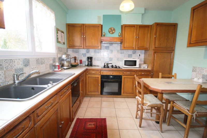 Sale house / villa Maurepas 346500€ - Picture 2