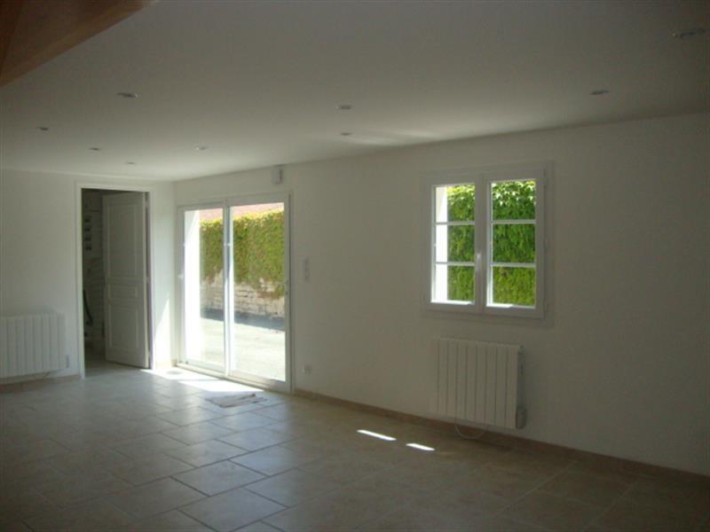Vente maison / villa Saint jean d'angély 127800€ - Photo 2