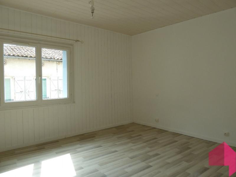 Location appartement Bourg saint bernard 760€ CC - Photo 2