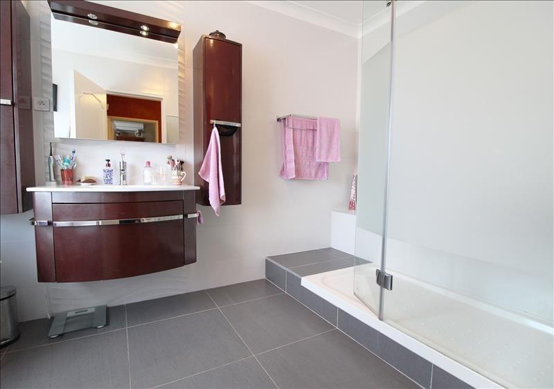 Vente maison / villa Elancourt 367500€ - Photo 6