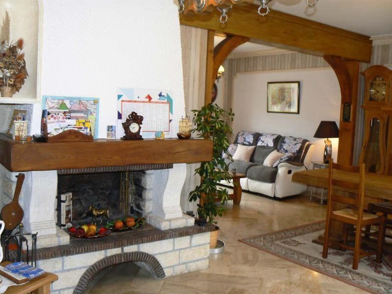 Sale house / villa Bueil 364000€ - Picture 5