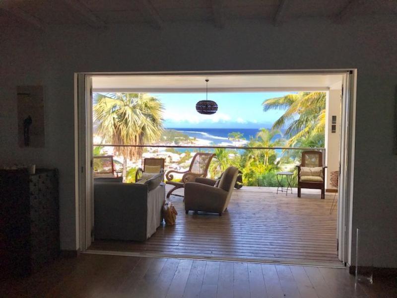 Deluxe sale house / villa St gilles les bains 900000€ - Picture 1
