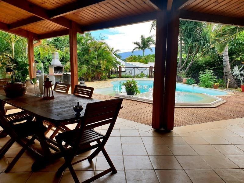 Vente maison / villa St paul 550000€ - Photo 3