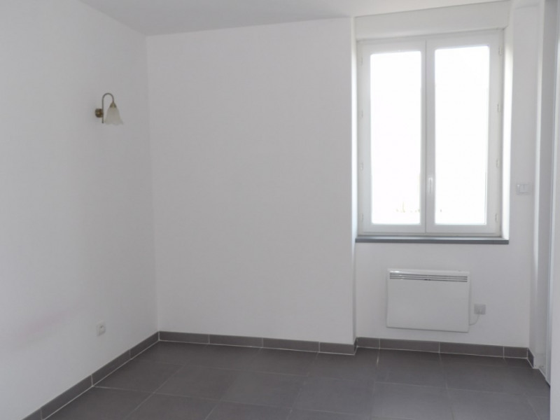 Sale house / villa Saint aignan sur roe 125000€ - Picture 5