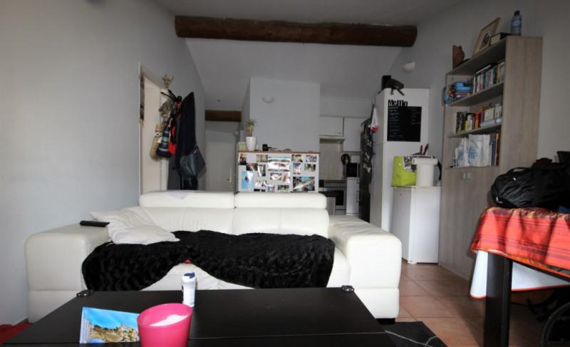 Vendita appartamento Lambesc 143100€ - Fotografia 2