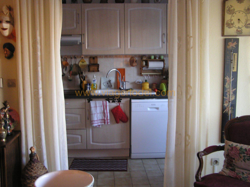 Life annuity apartment Hyères 55 000€ - Picture 6